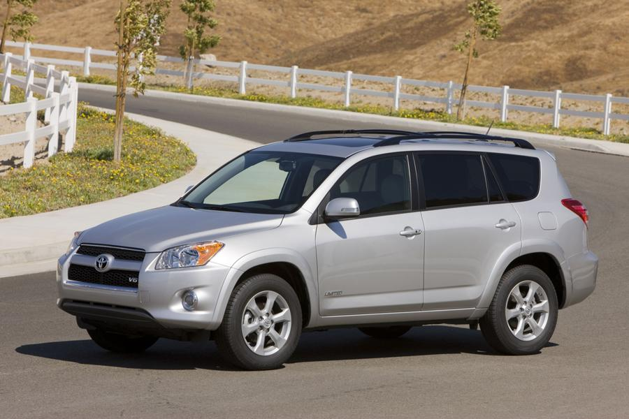 2011 Toyota RAV4 Photo 4 of 20