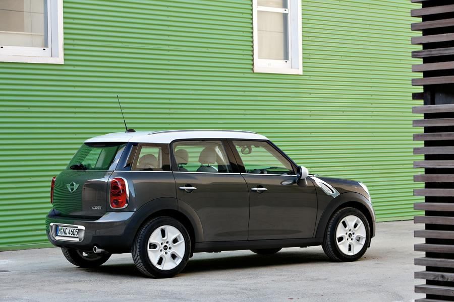 2011 MINI Cooper Countryman Photo 4 of 20