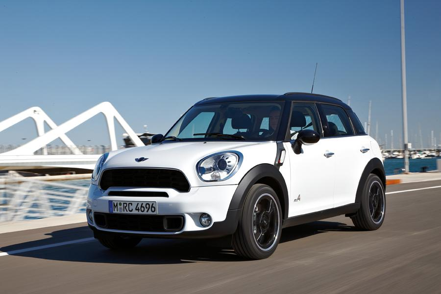 2011 MINI Cooper S Countryman Photo 2 of 20
