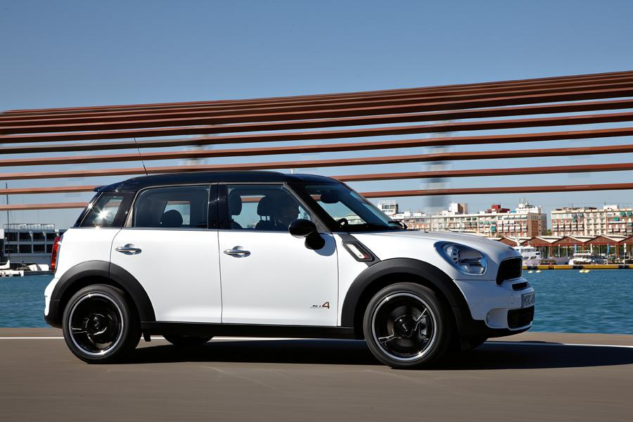 2011 MINI Cooper S Countryman Photo 3 of 20