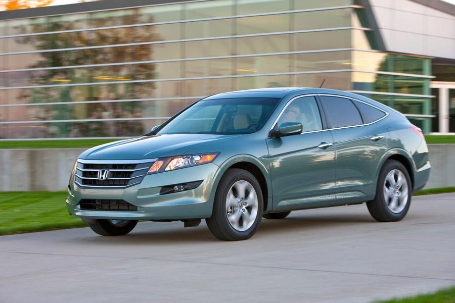 Honda Accord Crosstour Wagon Cars Com Overview Cars Com