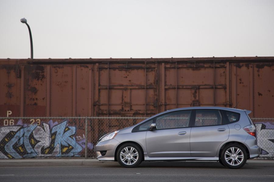 2011 Honda Fit Photo 5 of 20