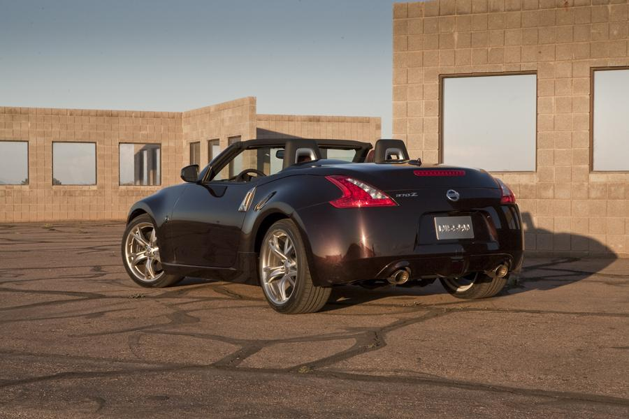 2011 Nissan 370Z Photo 4 of 20