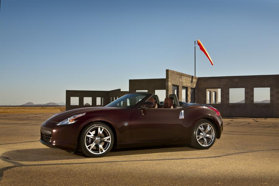 2011 Nissan 370Z Photo 5 of 20
