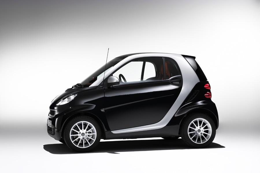 2011 smart ForTwo Photo 2 of 20