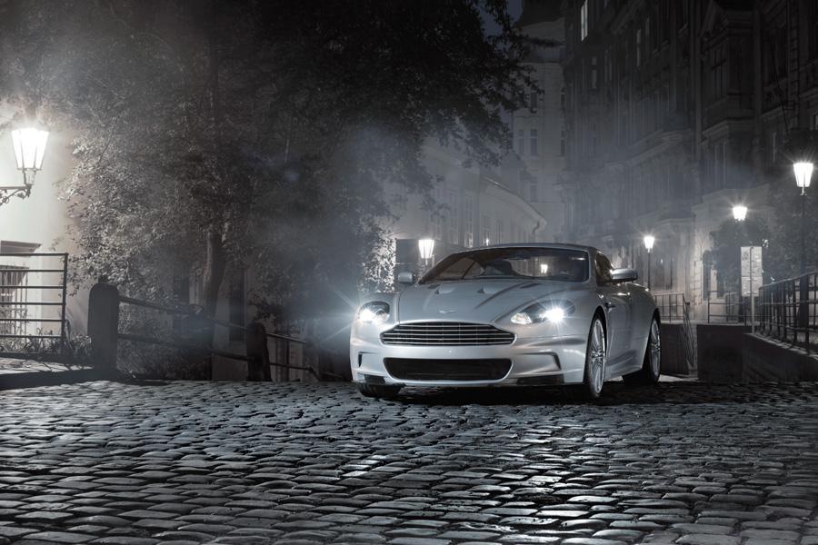 2011 Aston Martin DBS Photo 4 of 20