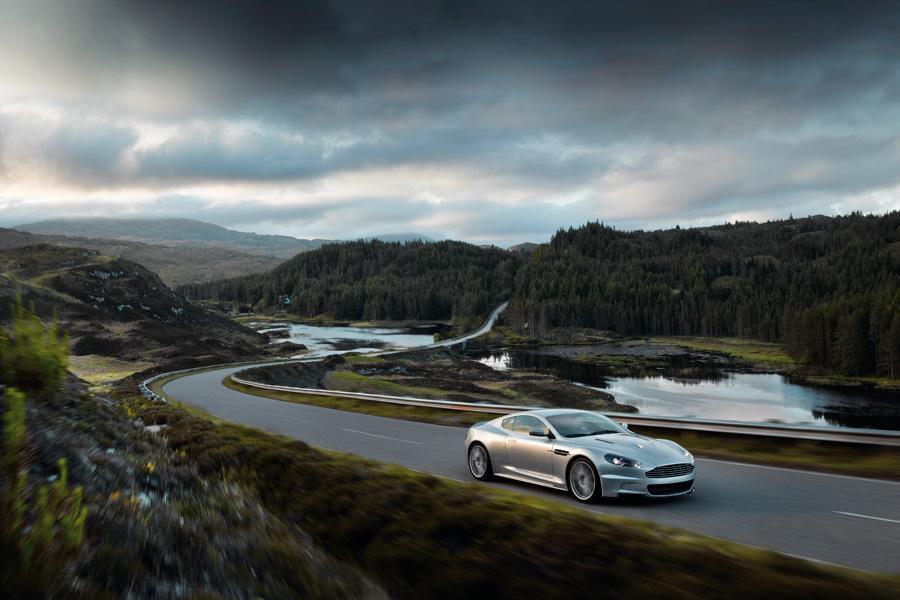 2011 Aston Martin DBS Photo 6 of 20