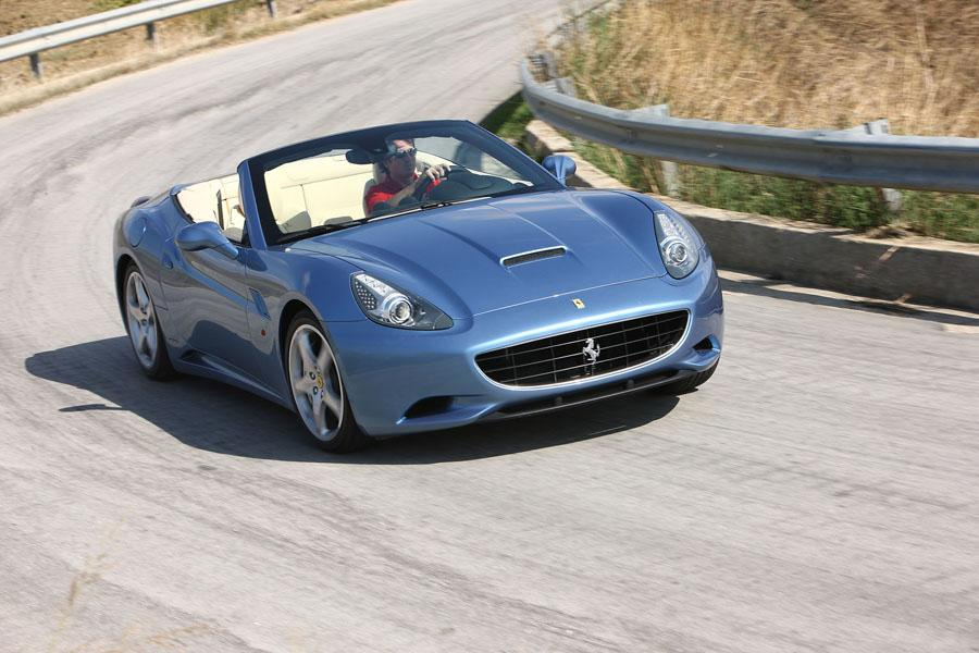 2011 Ferrari California Photo 4 of 21