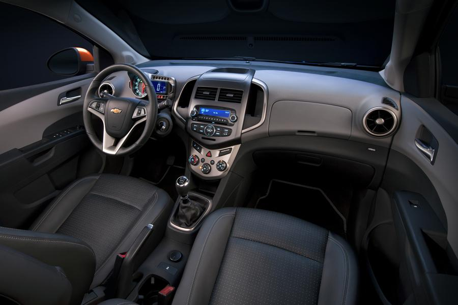 2012 Chevrolet Sonic Specs, Pictures, Trims, Colors ...