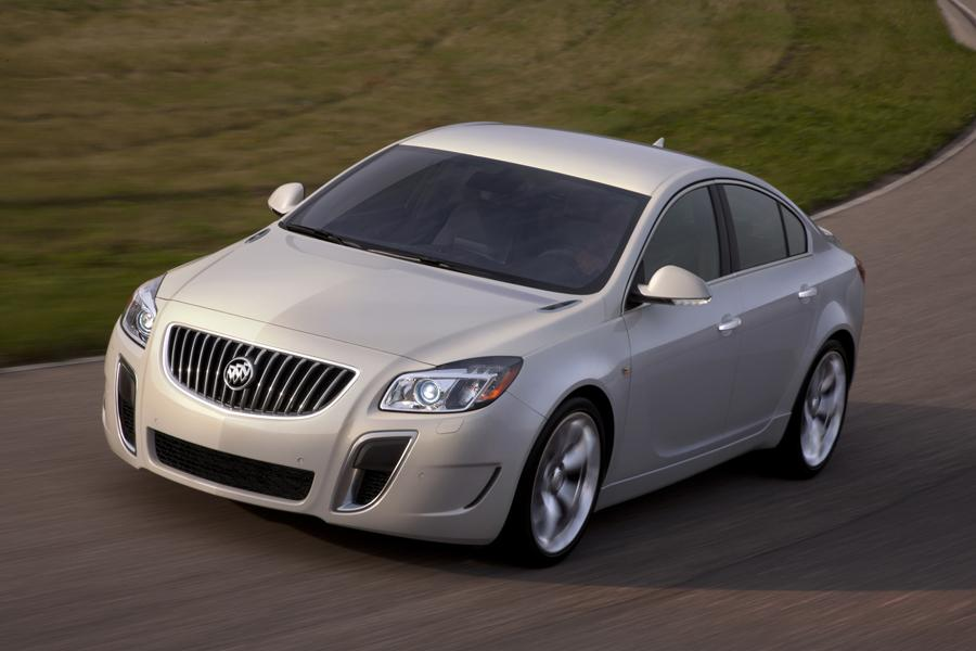 2012 Buick Regal Photo 2 of 22