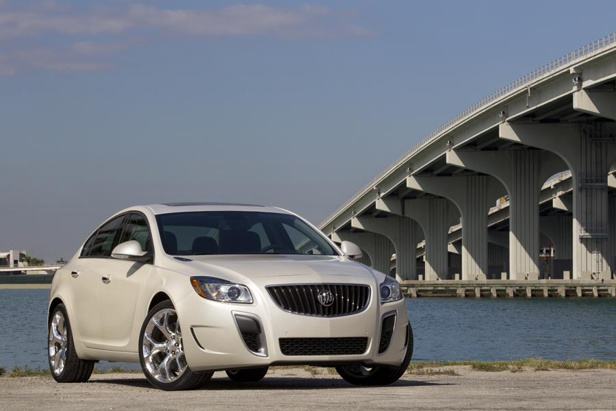 2012 Buick Regal Photo 4 of 22
