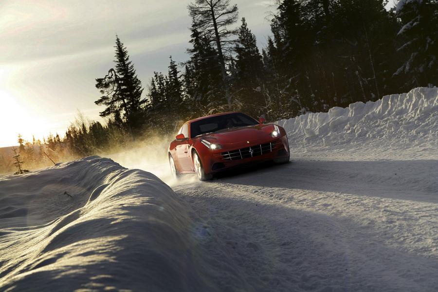 2012 Ferrari FF Photo 6 of 22