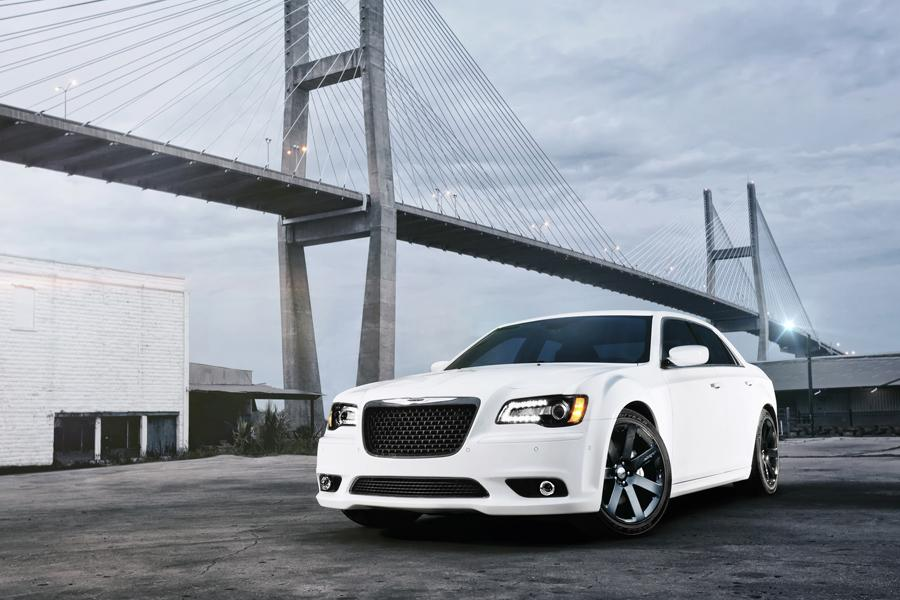 2012 Chrysler 300 Photo 2 of 21