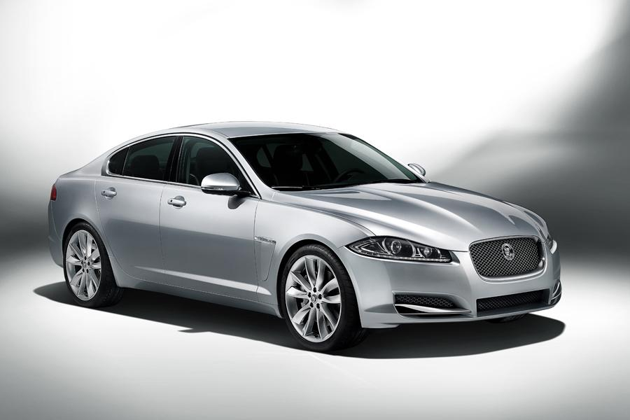 2012 Jaguar XF Photo 2 of 21