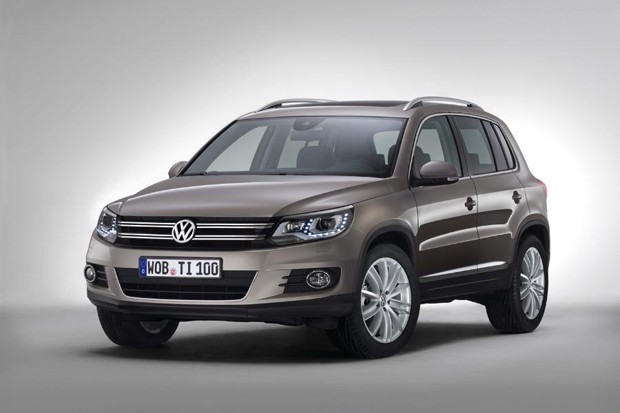 2012 Volkswagen Tiguan Photo 2 of 8