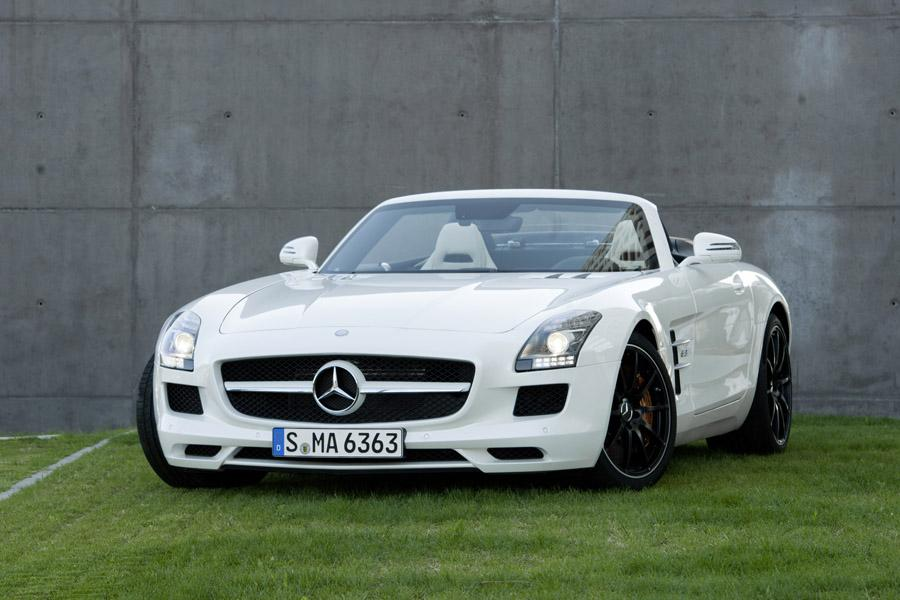 2012 mercedes benz sls amg reviews specs and prices. Black Bedroom Furniture Sets. Home Design Ideas