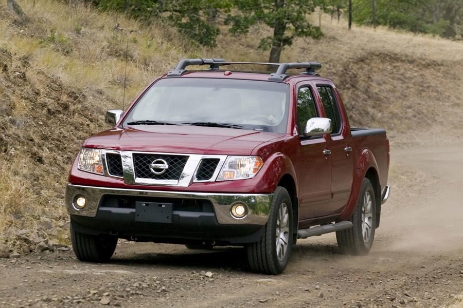 2012 Nissan Frontier Photo 2 of 7