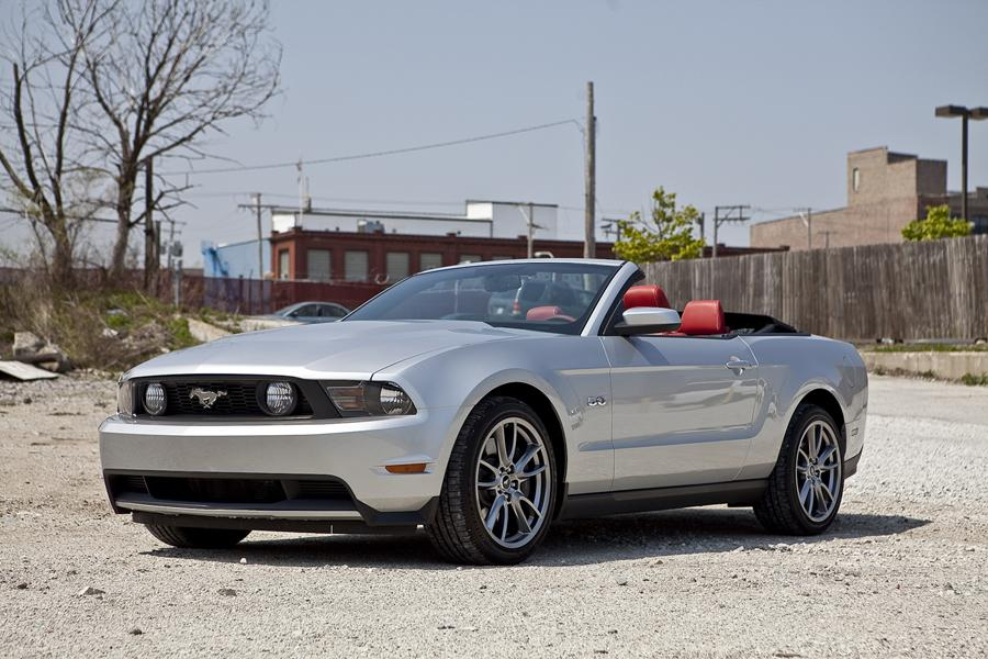 2012 Ford Mustang Photo 4 of 8