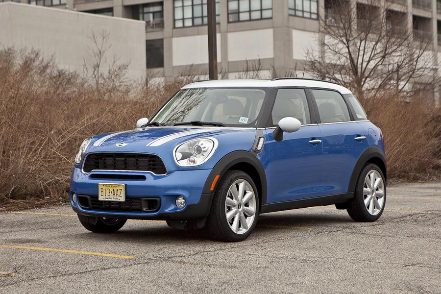 mini cooper countryman sport utility models price specs. Black Bedroom Furniture Sets. Home Design Ideas
