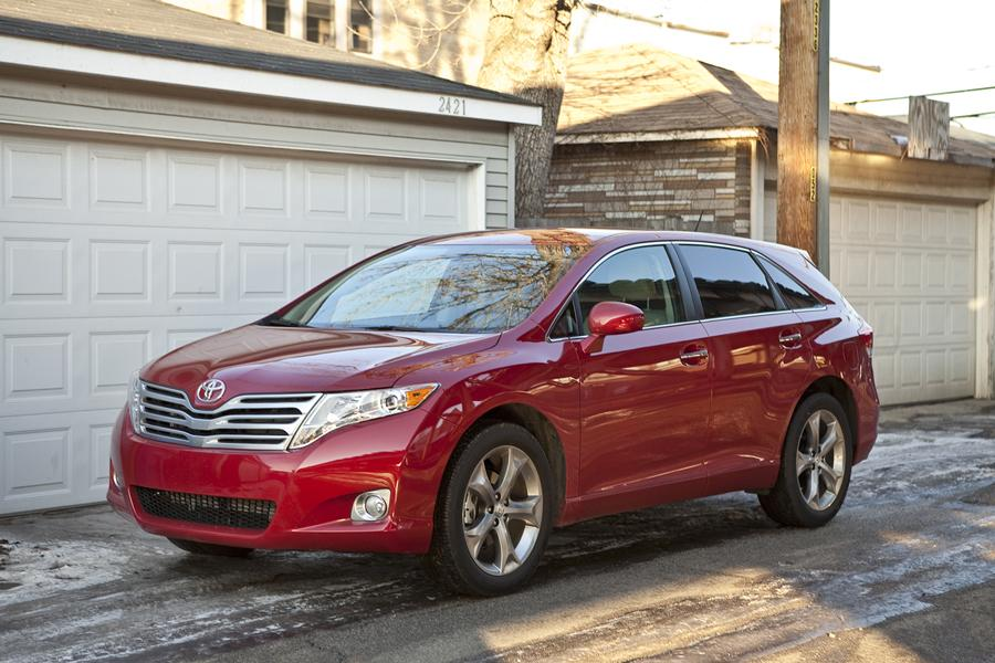 2012 Toyota Venza Photo 2 of 11