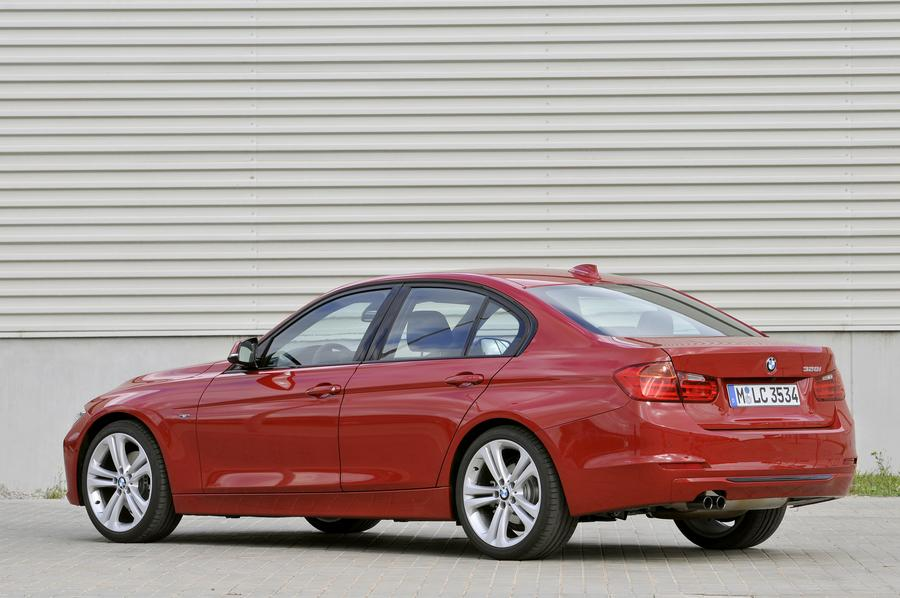 2012 BMW 328 Photo 3 of 14