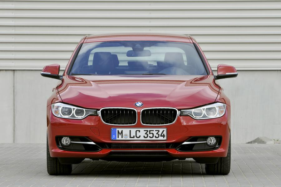 2012 BMW 328 Photo 4 of 14