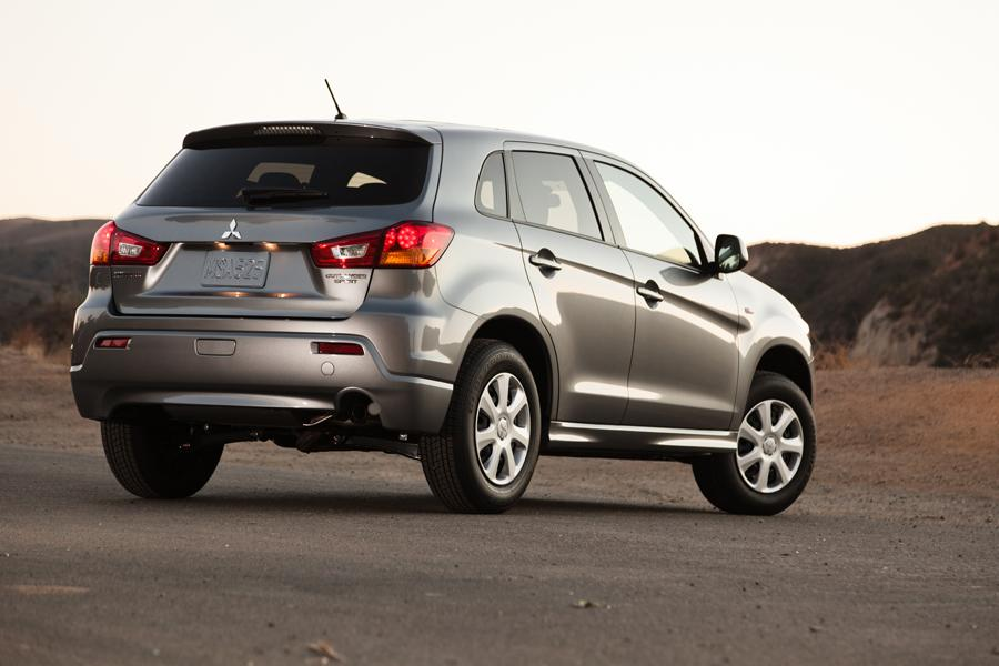 2012 Mitsubishi Outlander Sport Photo 3 of 4