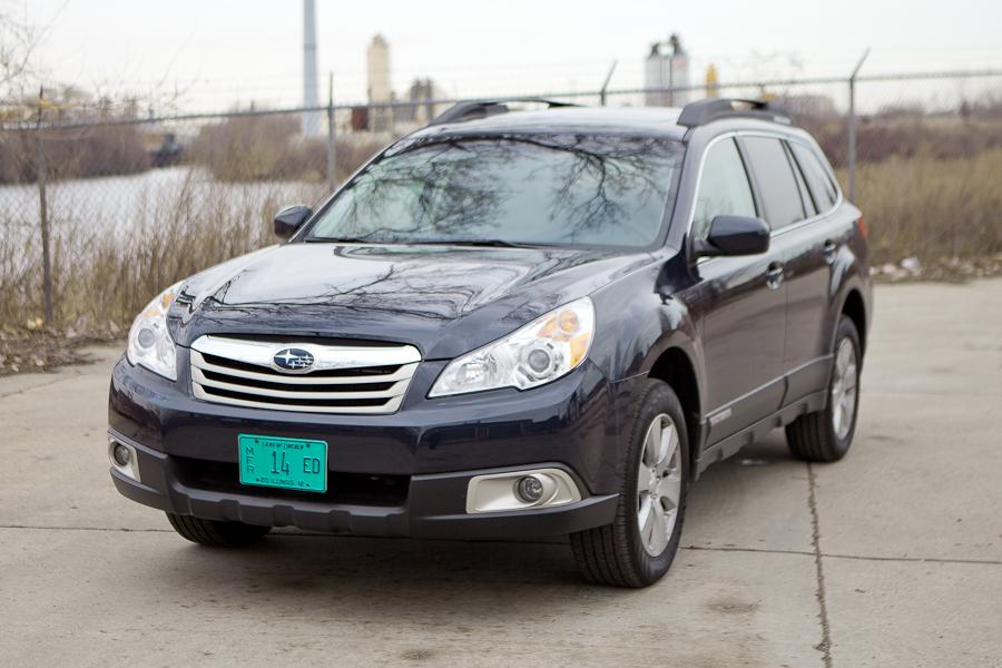 2012 Subaru Outback Photo 1 of 20