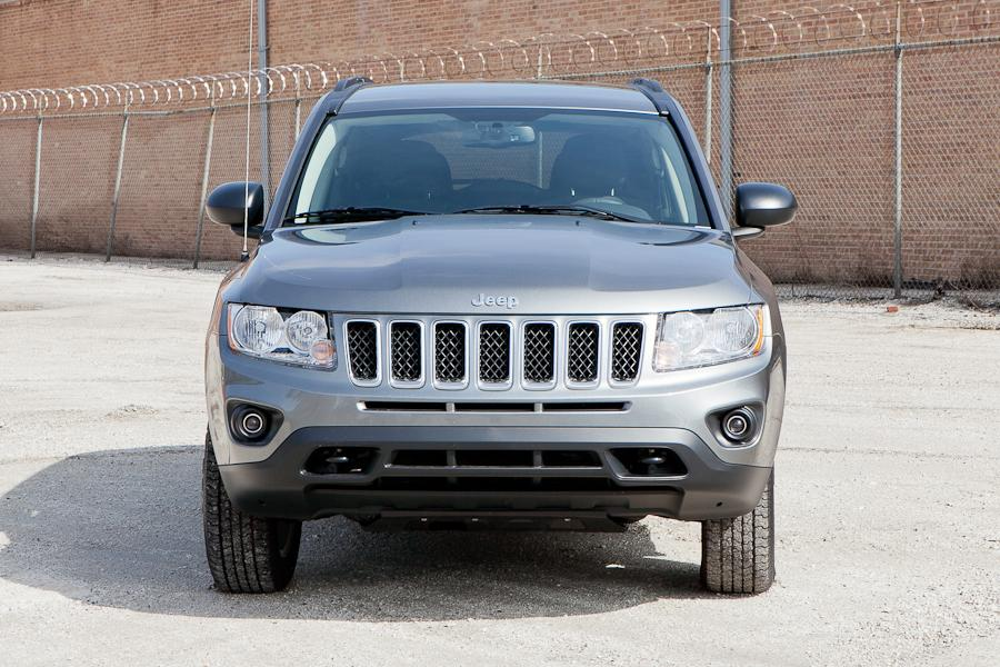 2012 Jeep Compass Photo 2 of 18