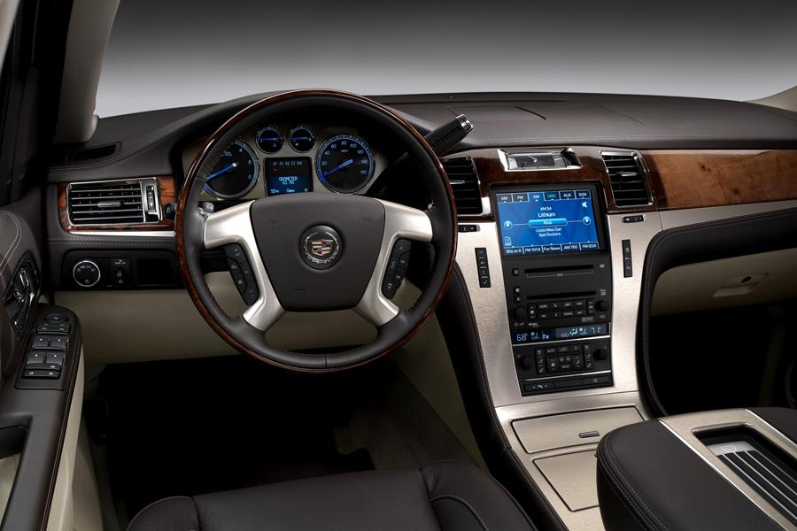 2012 Cadillac Escalade Photo 4 of 7