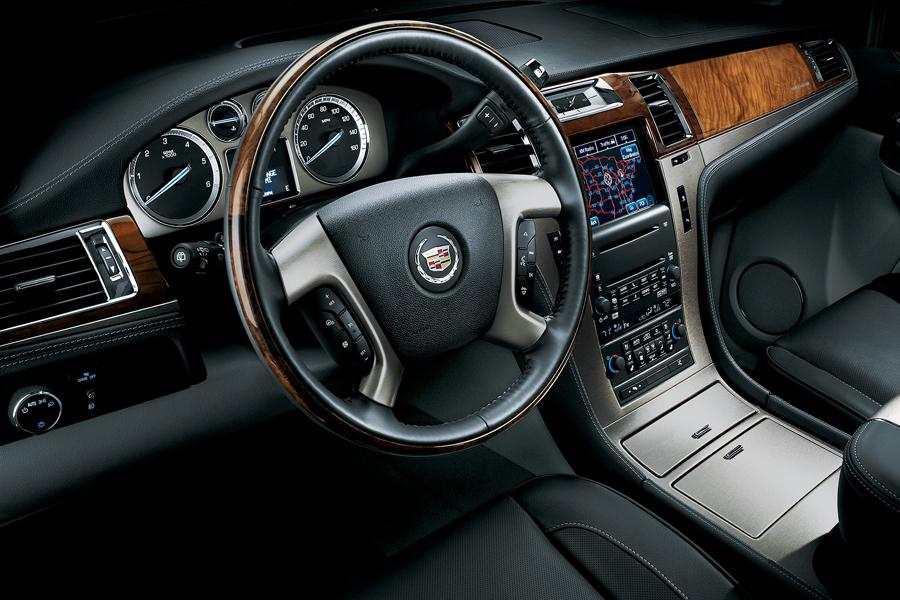 2012 Cadillac Escalade Photo 6 of 7