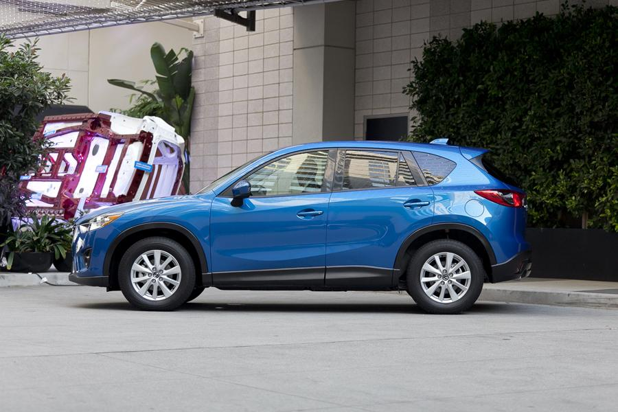 2013 Mazda CX-5 Photo 3 of 20