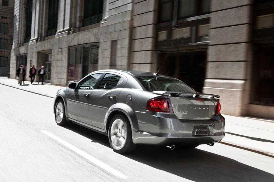 2012 Dodge Avenger Overview  Carscom