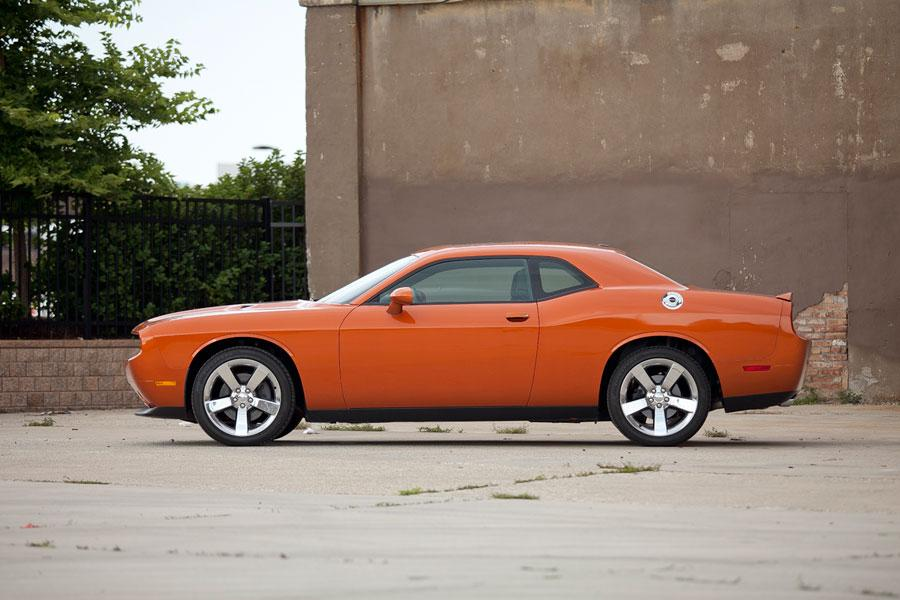 2012 Dodge Challenger Photo 6 of 8