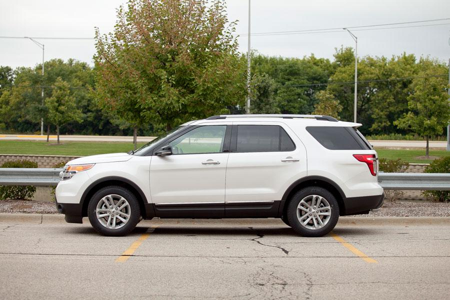 2012 Ford Explorer Photo 3 of 5