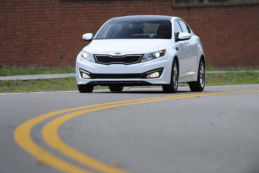 2012 Kia Optima Photo 3 of 16