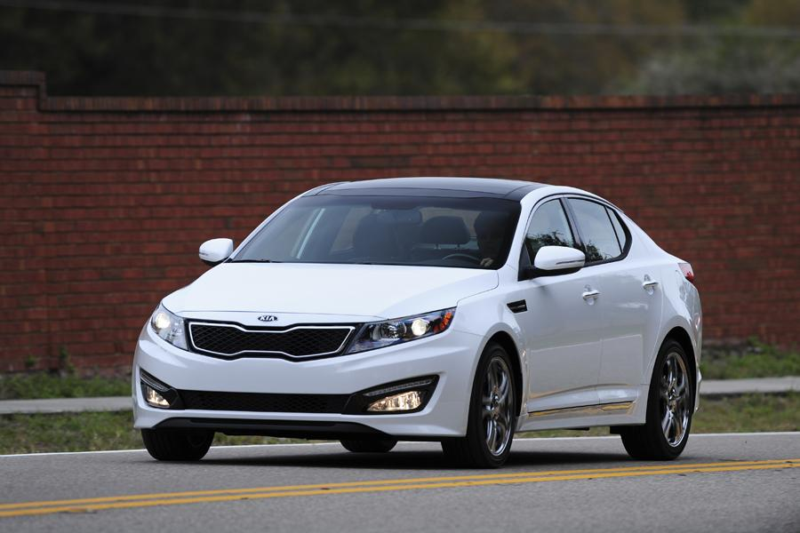 2012 Kia Optima Photo 4 of 16