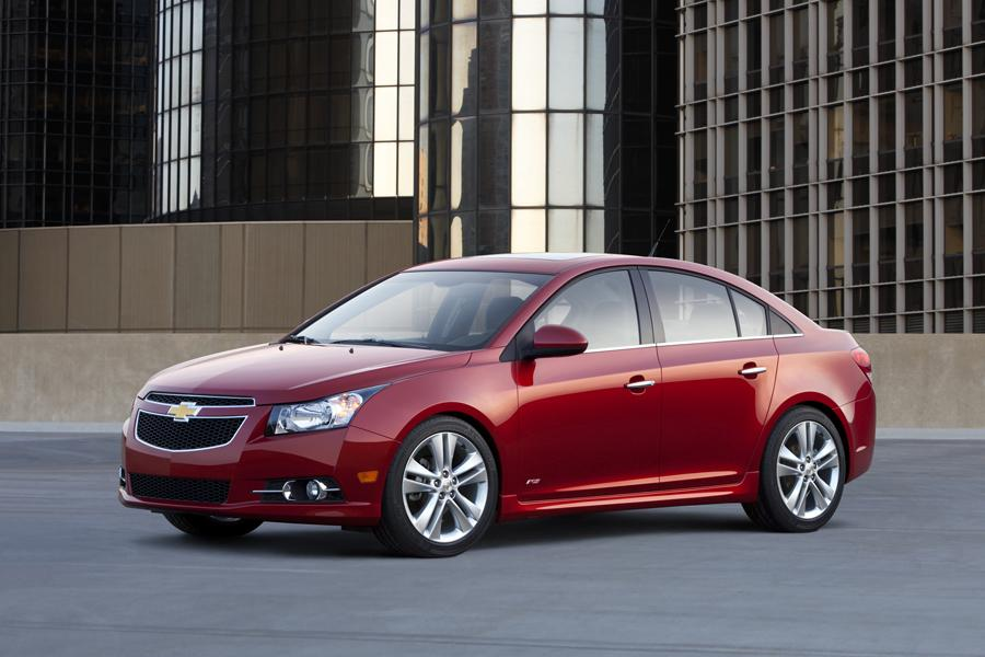 2012 chevrolet cruze overview. Black Bedroom Furniture Sets. Home Design Ideas