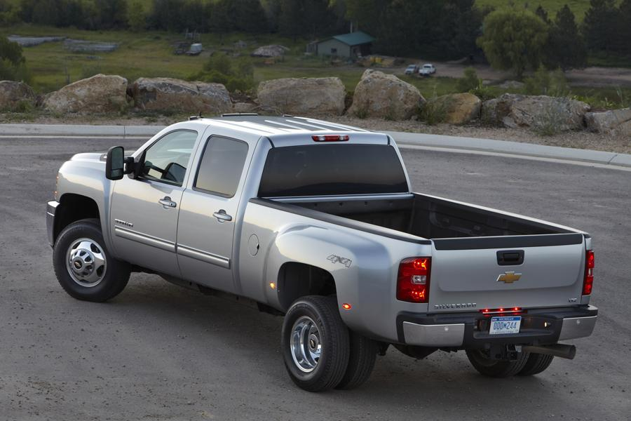 2012 Chevrolet Silverado 3500 Photo 4 of 6