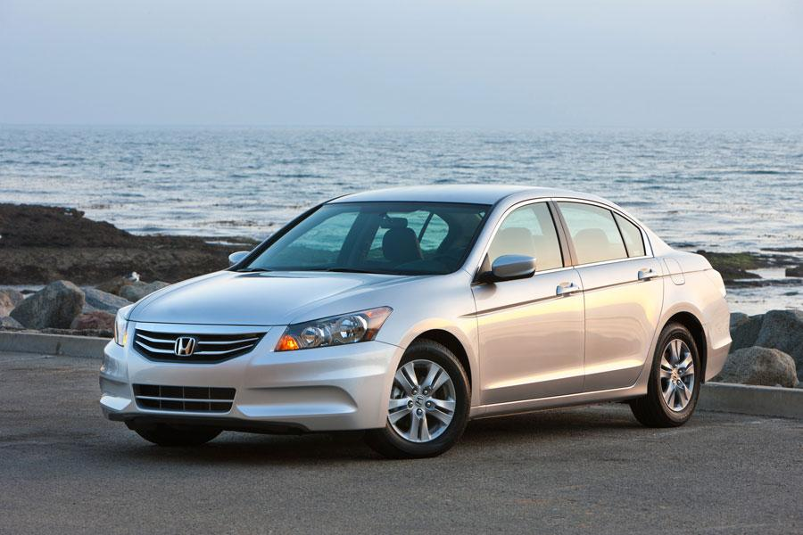 2012 Honda Accord Photo 1 of 8