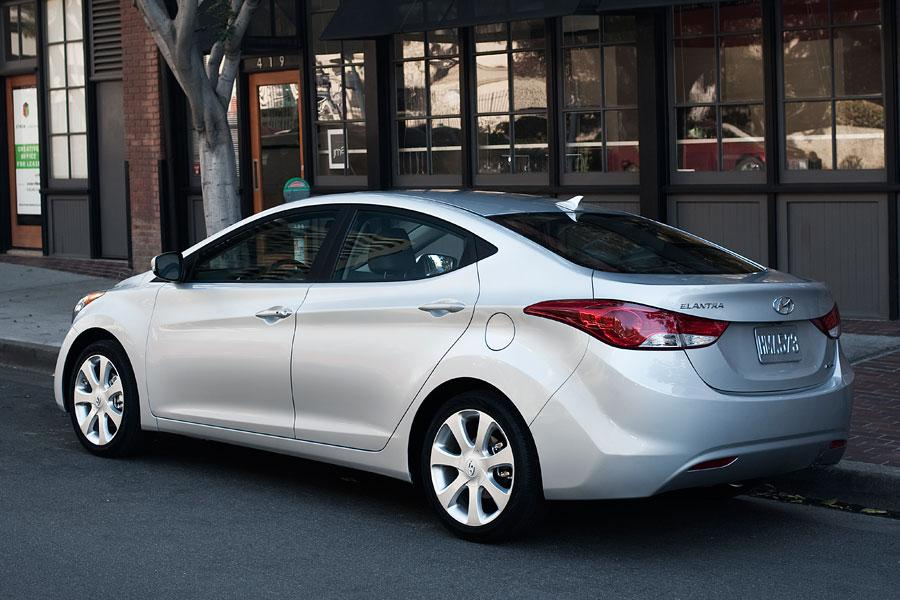 2012 Hyundai Elantra Photo 6 of 7