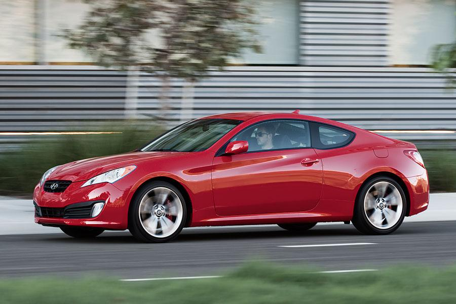 2012 hyundai genesis coupe reviews specs and prices. Black Bedroom Furniture Sets. Home Design Ideas