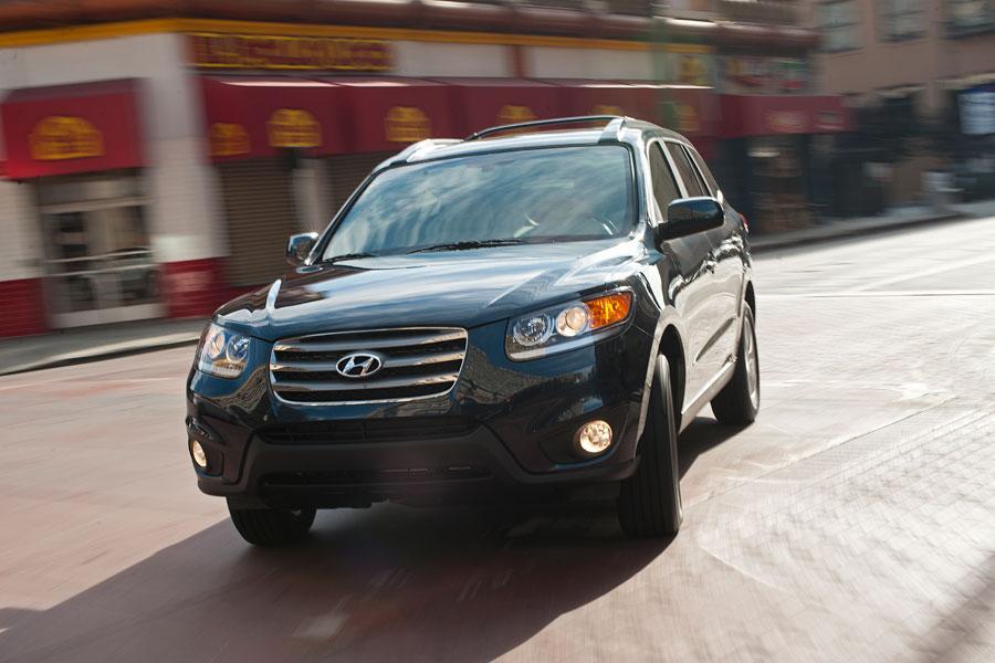 2012 Hyundai Santa Fe Photo 4 of 17