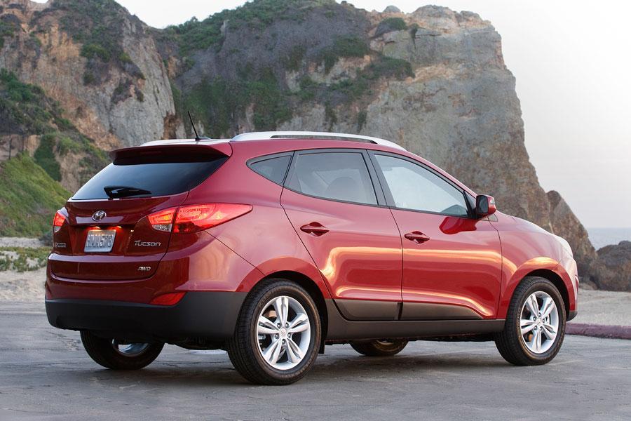 2012 Hyundai Tucson Photo 4 of 20