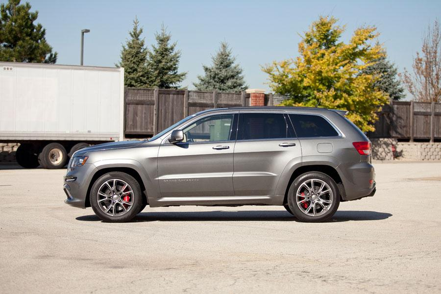 2012 Jeep Grand Cherokee Photo 4 of 6