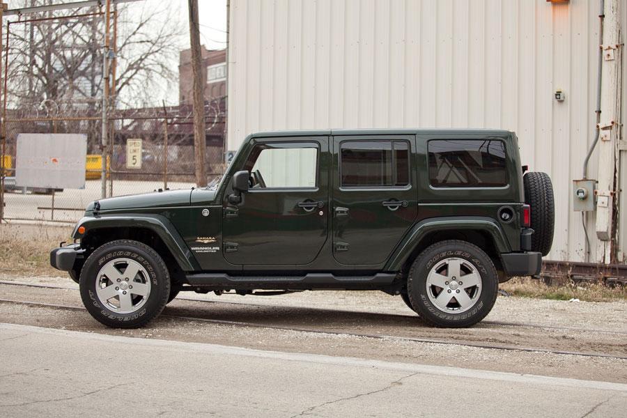 2012 Jeep Wrangler Photo 3 of 5