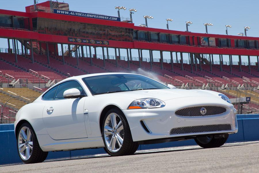 2012 Jaguar XK Photo 2 of 4