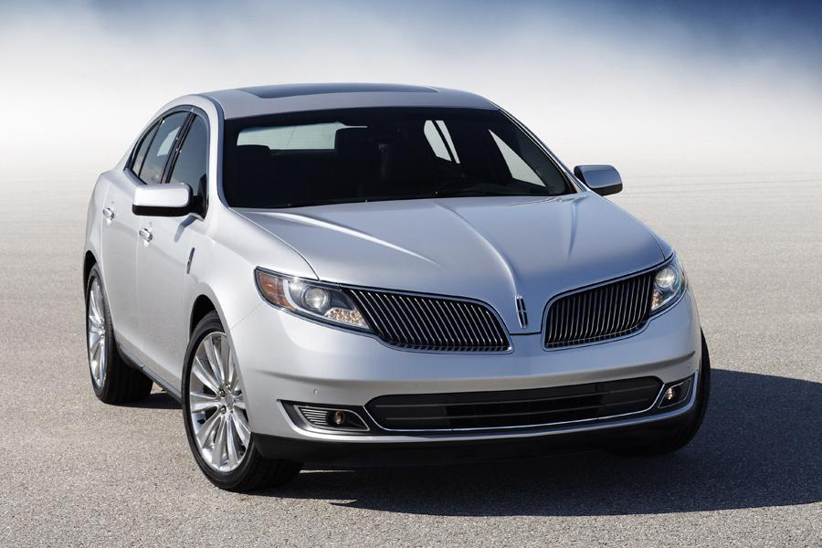 2013 Lincoln MKS Photo 2 of 15