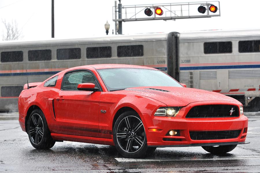 2013 Ford Mustang Photo 3 of 76