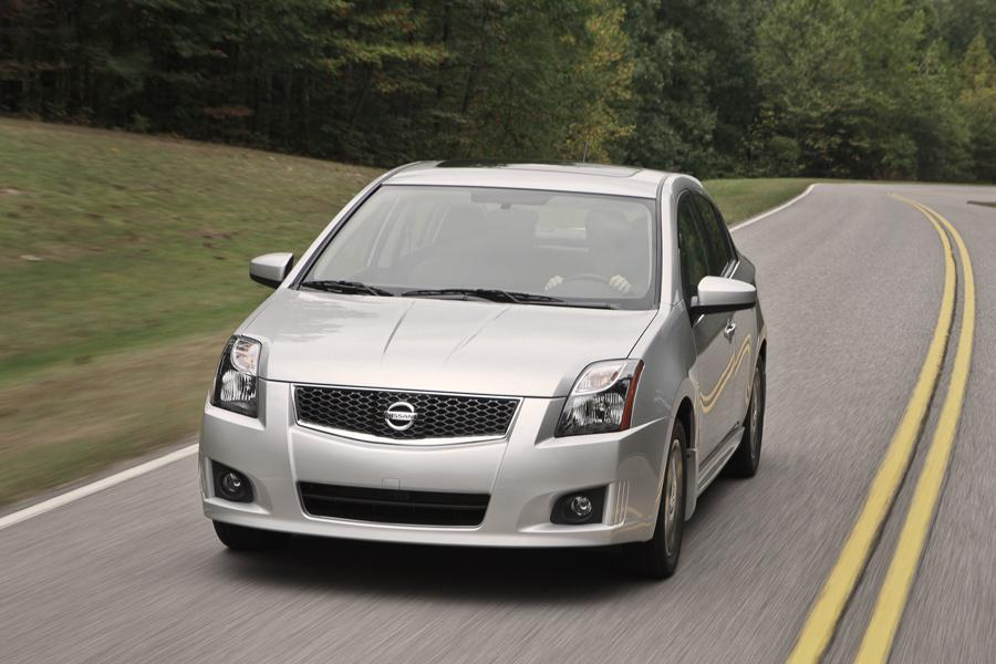 2012 Nissan Sentra Photo 1 of 13